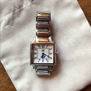 Juicy Couture Watch. Silver. Mother of pearl face.